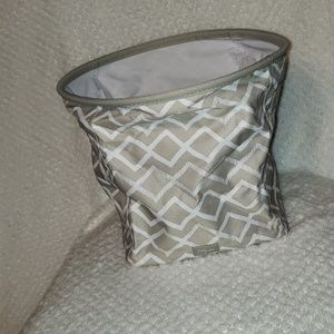 NWOT ThirtyOne Mini Storage Bin Khakhi Diamonds